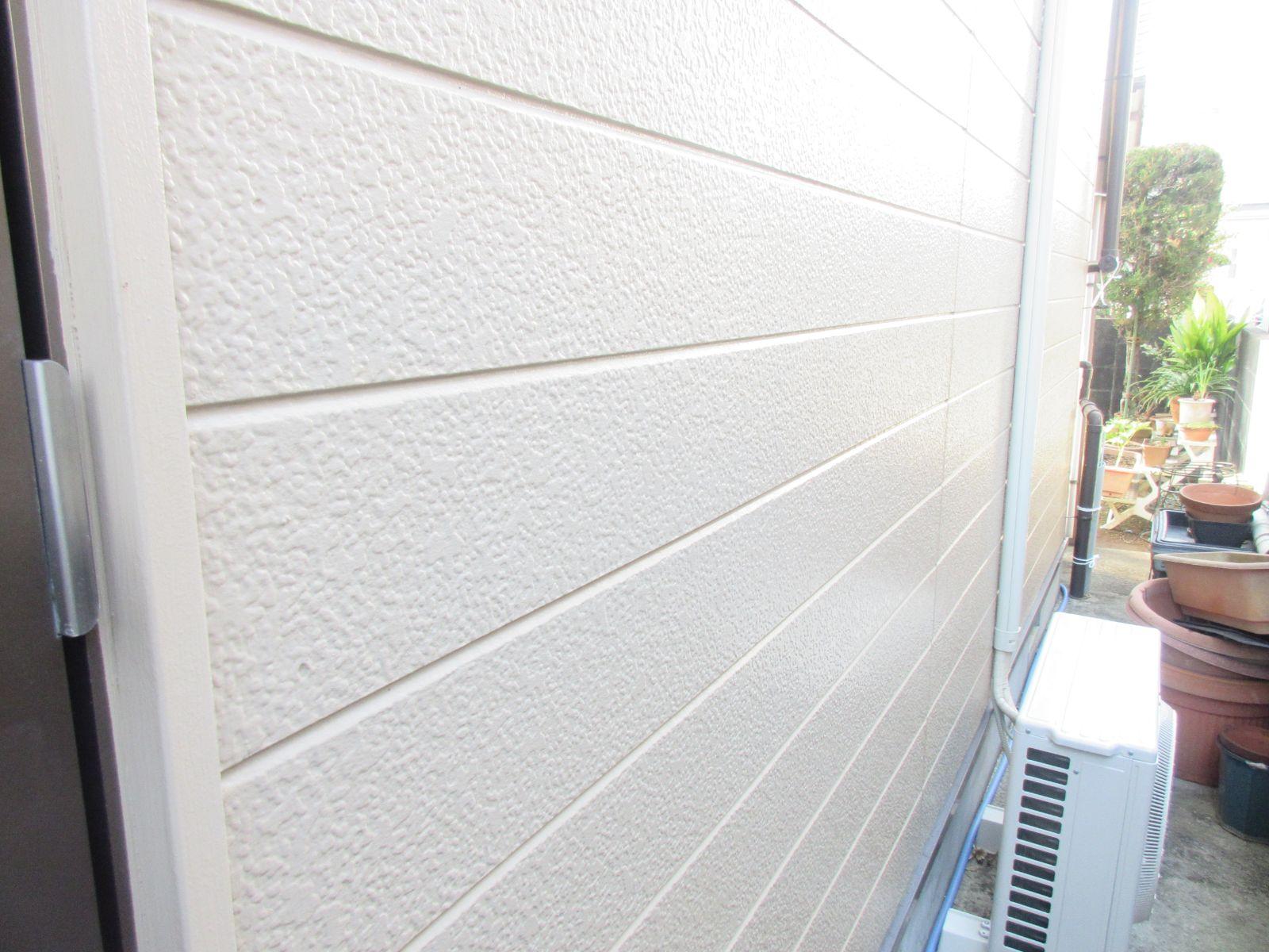 【紀の川市】外壁塗装・鼻隠し板金カバー工法(木部→ガルバリウム鋼板)工事・N様邸                      『外壁と各部分の施工で新築時の美しさへ、、♪』 5