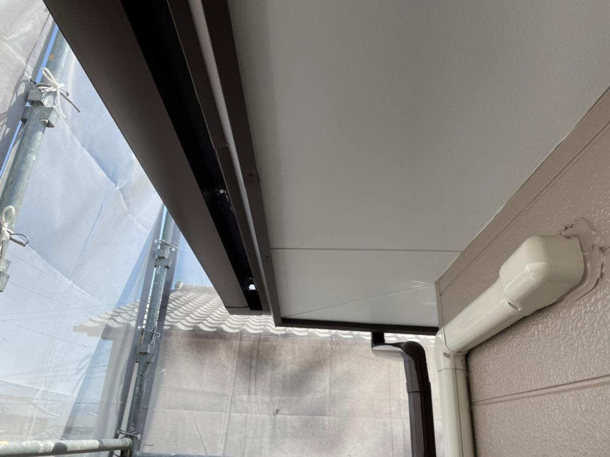 【紀の川市】外壁塗装・鼻隠し板金カバー工法(木部→ガルバリウム鋼板)工事・N様邸                      『外壁と各部分の施工で新築時の美しさへ、、♪』 8