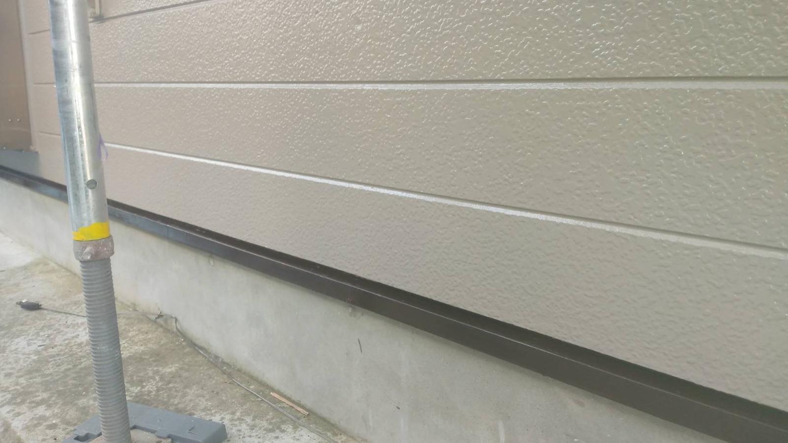 【紀の川市】外壁塗装・鼻隠し板金カバー工法(木部→ガルバリウム鋼板)工事・N様邸                      『外壁と各部分の施工で新築時の美しさへ、、♪』 18