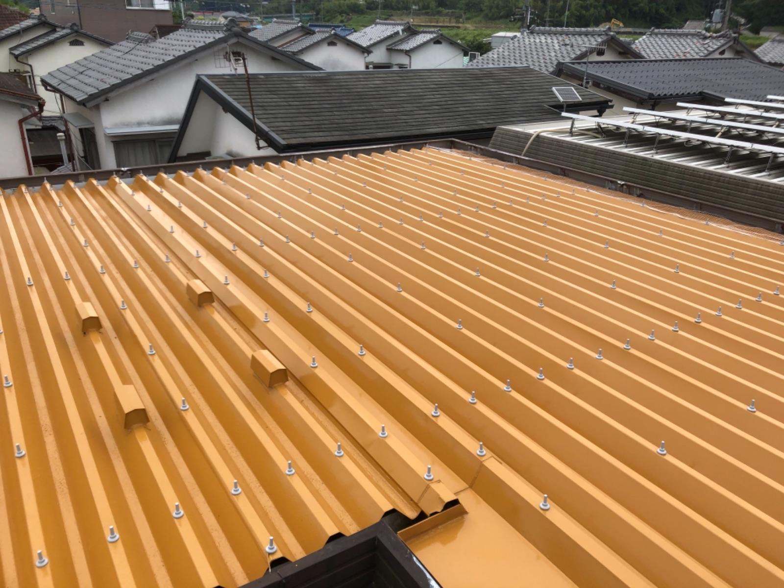 【紀の川市】M様邸 屋根塗装工事<br>『コーティングを施し、輝きと耐久性をプラス♬』